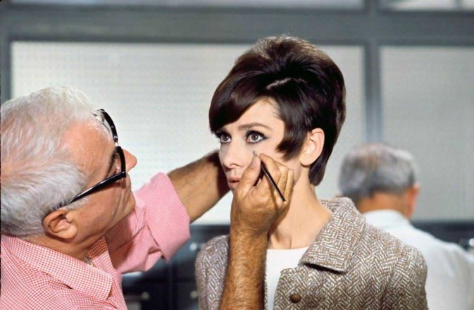 Audrey .Hepburn(How to Steal a Million)11
